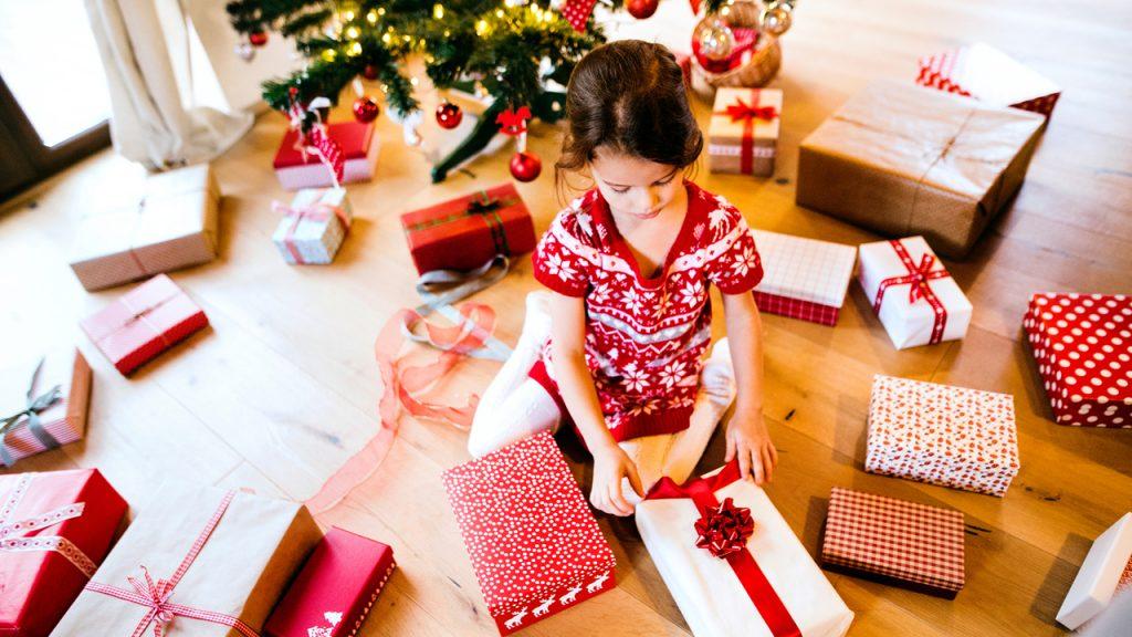 Un exceso de regalos puede ocasionar la pérdida de ilusión por los juguetes